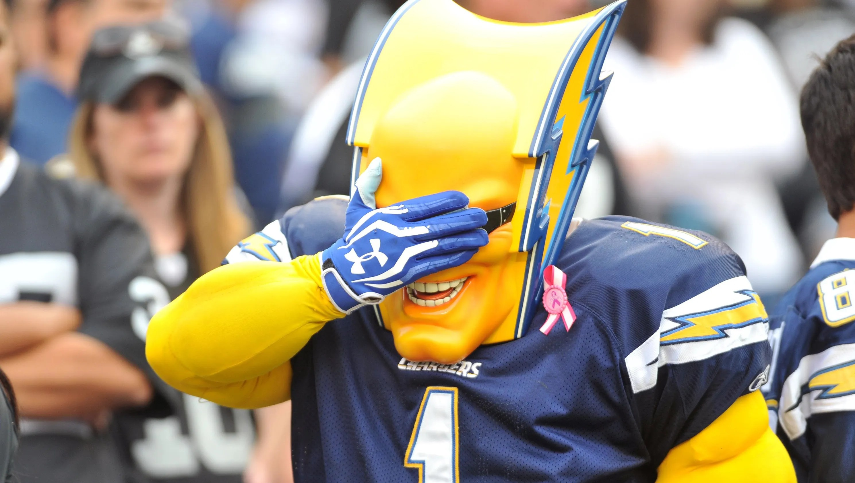 Chargers Rams Raiders All File To Relocate To Los Angeles