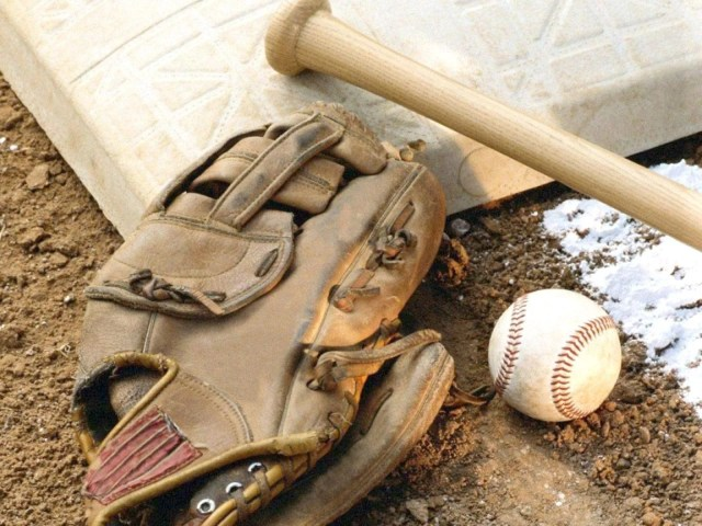 635990760300093815-Baseball High school sports results: April 4