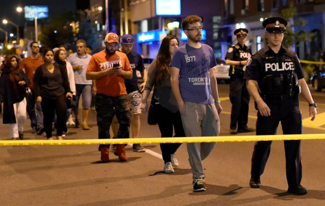 Toronto police: 2 including gunman dead after 14 shot