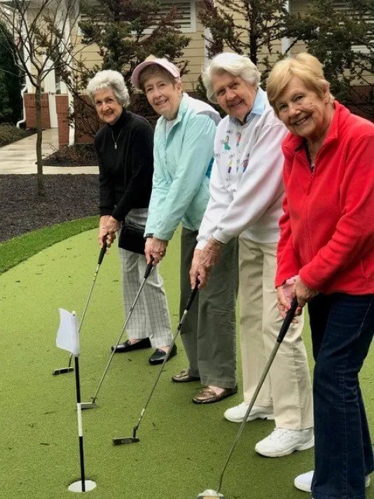 Lantern Hill Chris With Women Golfers