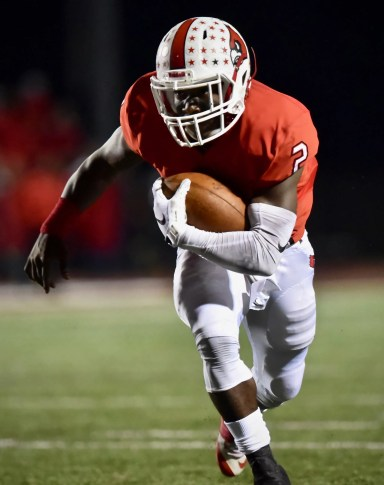 Colerain beats Fairfield 55-27, clinches at least share of GMC football title