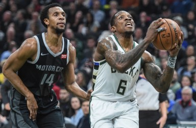 Bucks 115, Pistons 92: Putting it on cruise control in the second half