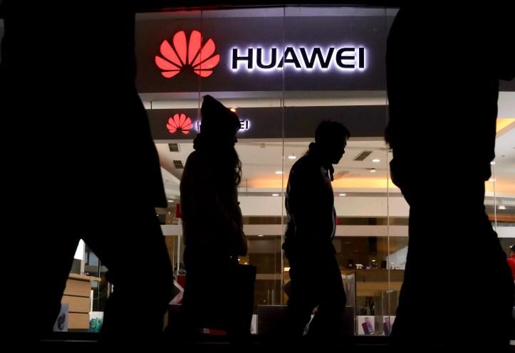 Ap Us China Huawei F I Chn