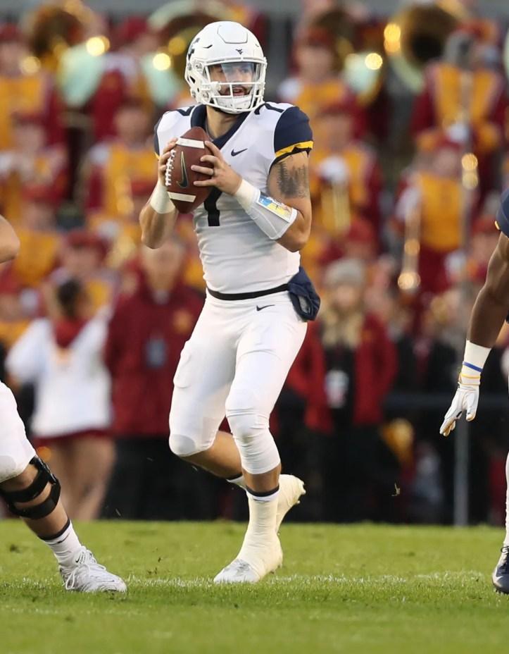 Ncaa Football West Virginia At Iowa State