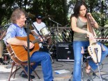 Reggie Young and Jennifer Young perform in 2006