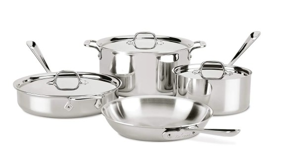 Take advantage of this amazing Deal of the Day and score 30% off All-Clad cookware now.