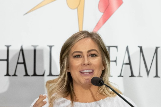 e3b2ecb1-6d1d-44d0-90d3-34ac9c312c2f-USP_Gymnastics__International_Gymnastics_Hall_of_F Olympic gymnast Shawn Johnson hits a back flip while pregnant: 'Baby's first flip'