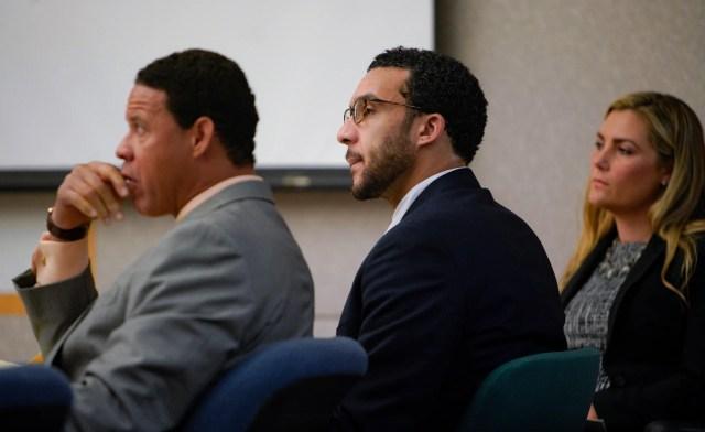 4686a30c-1dcf-4c1e-8aab-69f8fba76fca-AP_Kellen_Winslow_Jr_Rape_Trial Kellen Winslow headed to second rape trial in September, will remain in jail