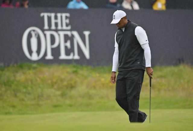 6123733c-81ce-4c37-880c-985f1afbcff7-USATSI_13070174 Tiger, Phil do something they've never done before