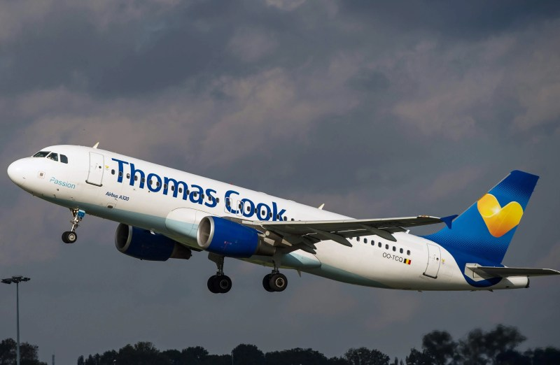 Tour company Thomas Cook collapses, 150,000 people stranded