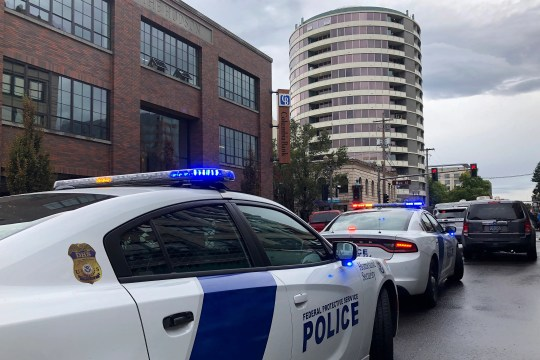 Vancouver Shooting At Least 3 Shot Smith Tower Apartments
