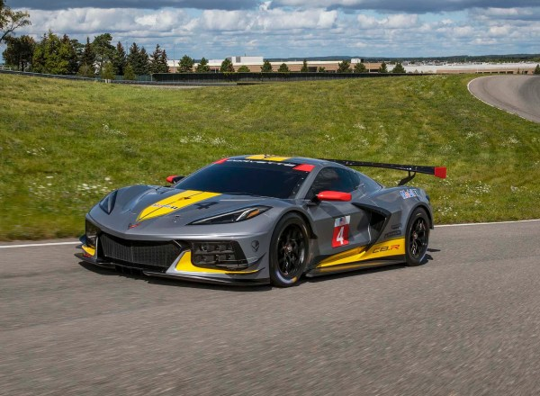 Mid-engine Corvette racer debuts new engine, livery
