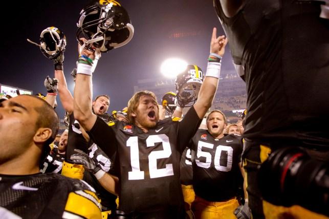 Iowa's plan to break its recent Penn State curse? Bring back ex-QB Ricky Stanzi