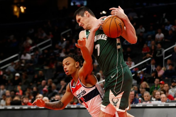Bucks 115, Wizards 108: Few style points, but Milwaukee remains unbeaten in preseason