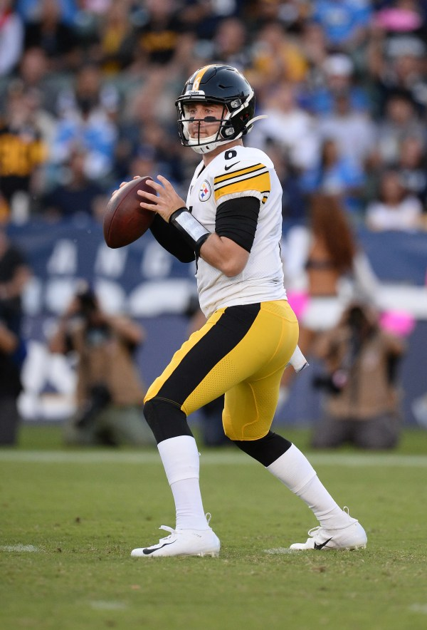 Steelers jolt Chargers as undrafted rookie QB Devlin Hodges wins first start