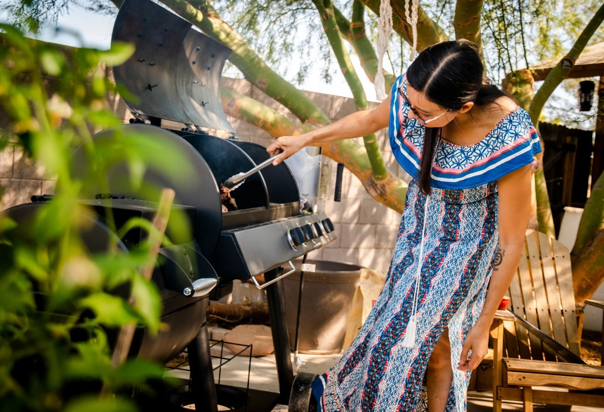Chef Minerva Orduno Rincon grills carne asada at her home in Tempe. She and other local metro Phoenix chefs share their favorite long weekend recipes.