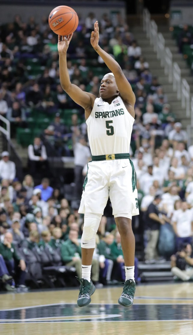 After brother's death, emotional Cassius Winston leads Michigan State to blowout win