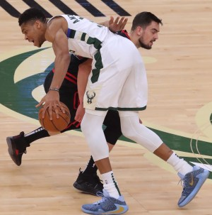 Bucks 124, Bulls 115: Grinding out a win without Middleton
