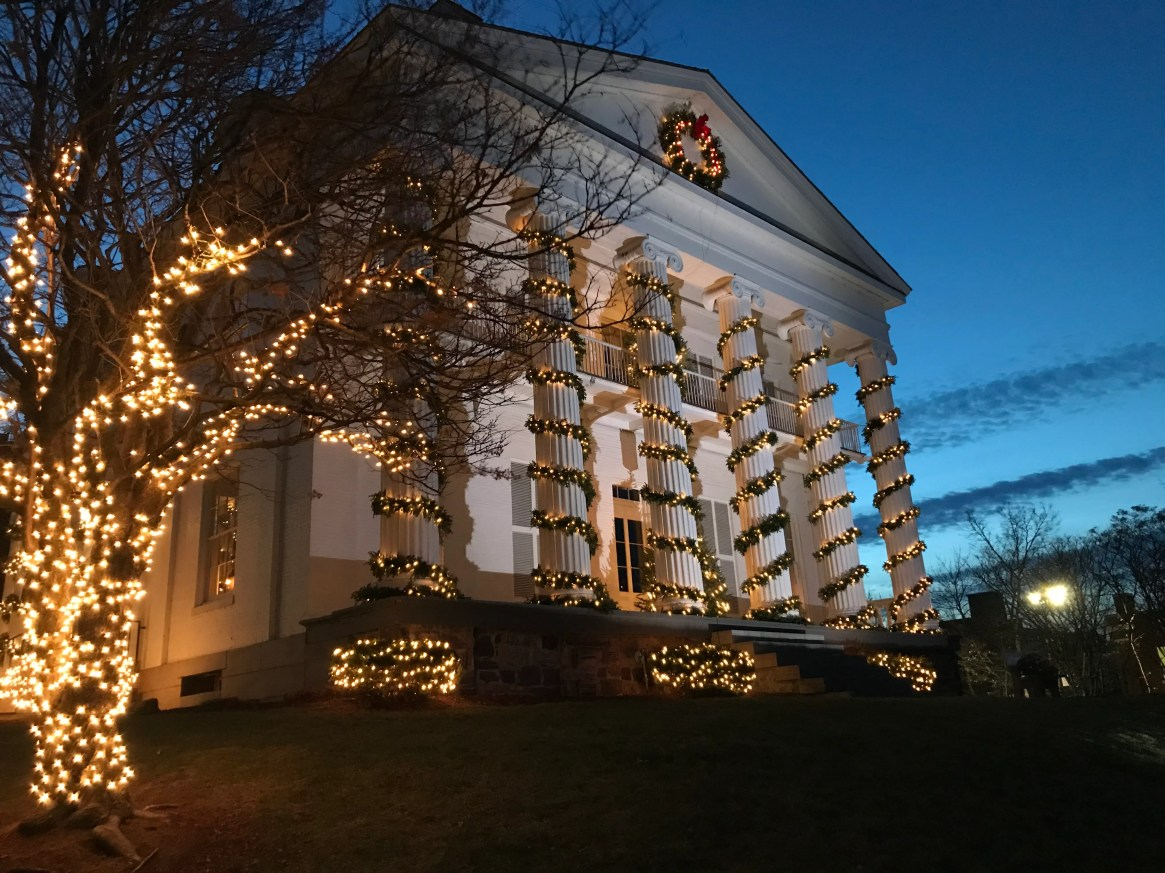 Pomerleau Real Estate building decorated for the holiday. December 2019.