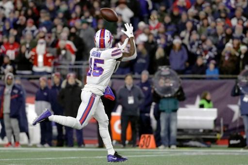 Final score, recap: New England Patriots 24, Buffalo Bills 17