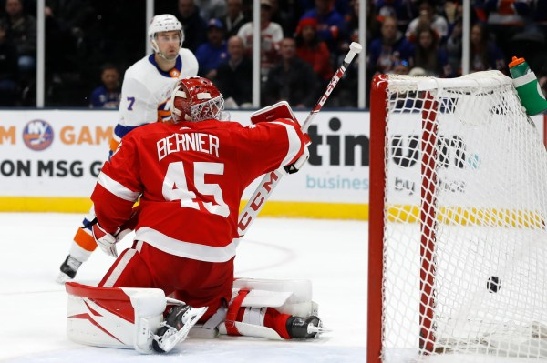 Red Wings steamrolled by Islanders, officially eliminated from playoffs