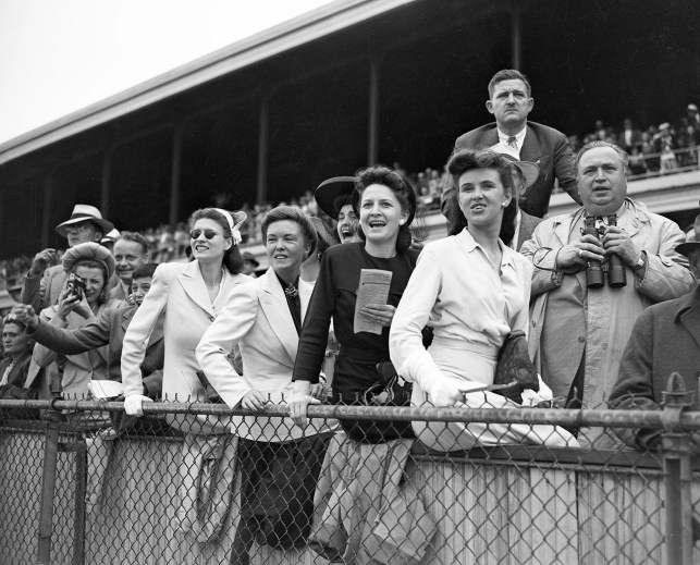 World War II delayed the Kentucky Derby in 1945. A look back at how the race endured.