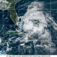 Tropical Storm Isaias's Path Nears East Coast of Florida, Aims for Carolinas