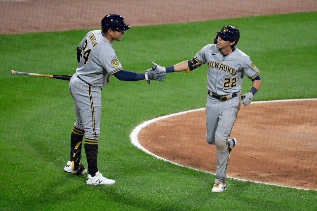 Christian Yelich got an inside-the-park HR after White Sox outfielder Eloy Jimenez fell into the netting