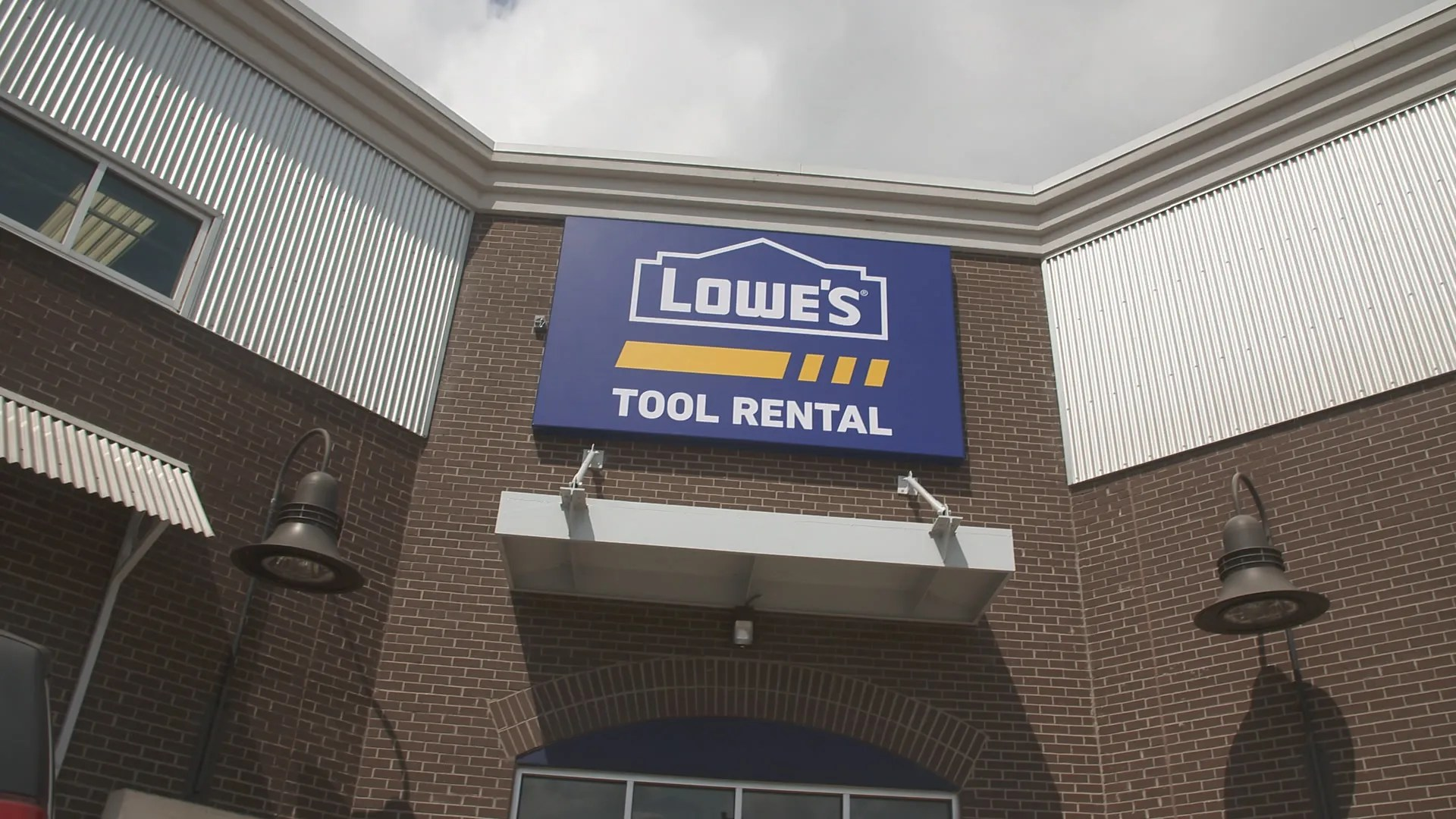 At Lowes you can rent the same commercial-grade tools and equipment many professionals choose to buy without the high cost associated with purchasing new. Lowe S Adding Tool Rental Departments To Stores Nationwide