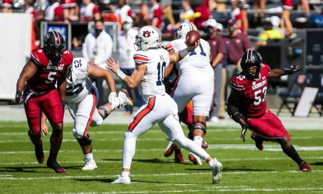 Auburn quarterback Bo Nix passes against the South Carolina during the first quarter at Williams-Brice Stadium.