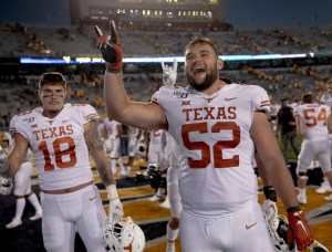 Texas LT Samuel Cosmi opting out of final two games, will start preparing for NFL Draft
