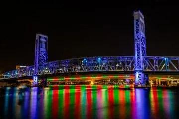 acosta bridge lit