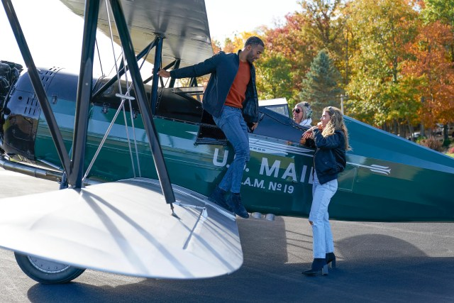 Pilot Pete, is that you? Matt and Sarah take to the skies for their one-on-one date.
