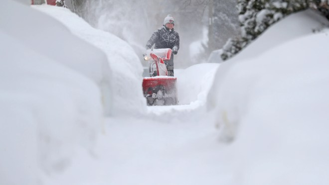 a22c2671 1c0f 4434 a003 c3f248099310 XXX SNOWSTORM WISCONSIN.JPG Another winter storm will bring snow and ice to 100 million people from the South to the East Coast