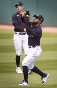 Detroit Tigers' AJ Hinch Considering Five Outfielders With Akil Baddoo