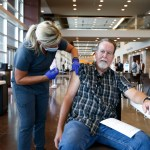 Vaccine, testing rules coming for federal workers: COVID updates 💥💥