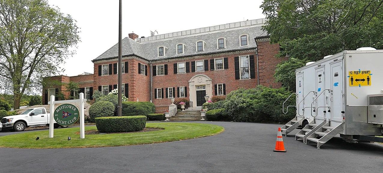 """Making movies in Cohasset: The Oaks Estate, also known locally as the Roy Estate and the Cox Estate, has been turned into the """"Mayflower Yacht Club, used to film """"Confess, Fletch."""""""