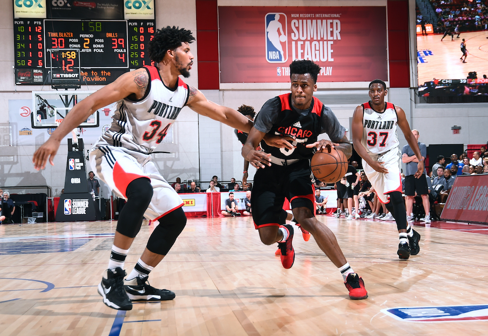 Antonio Blakeney #9 of the Chicago Bulls handles the ball against the Portland Trail Blazers