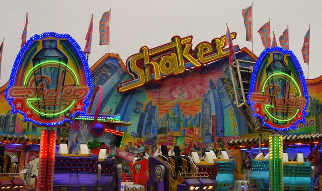 Karrussel Shaker auf dem Jahrmarkt (c) Norbert Schmidt