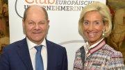 Olaf Scholz und Kristina Tröger