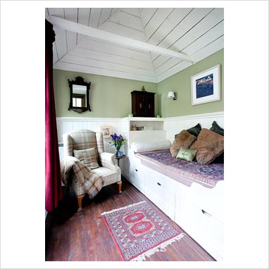 Gap Interiors summer cottage ideas tips