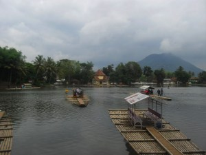 Foto ilustrasi: Kawasan Danau Cangkuang (kalam)