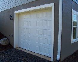 Hillcrest raised panel white