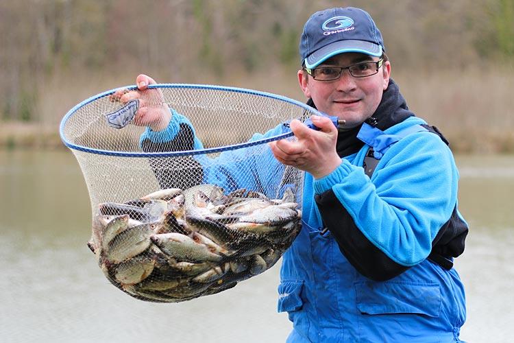 Bien choisir son hameçon pour de belles pêches de gardons en étang