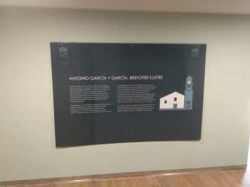 Cartel informativo Museo
