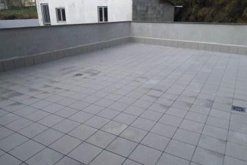 instalación de baldosas exteriores