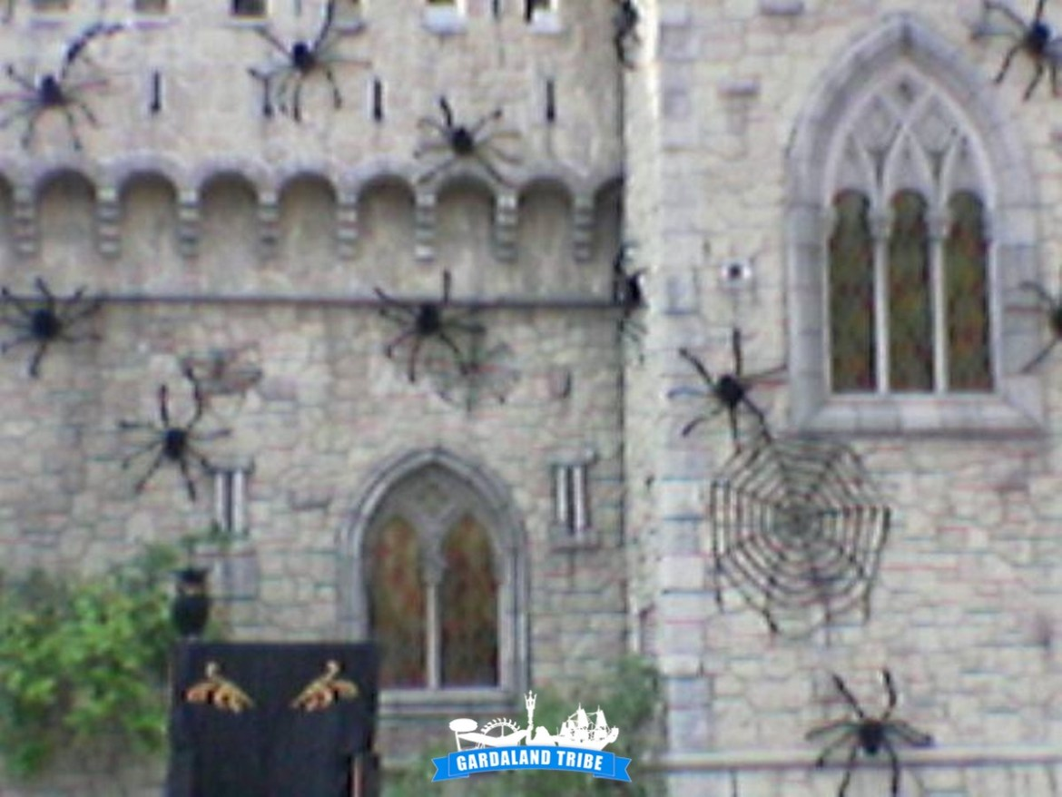 gardaland-tribe-history-aperture-speciali-magic-halloween-2004-18