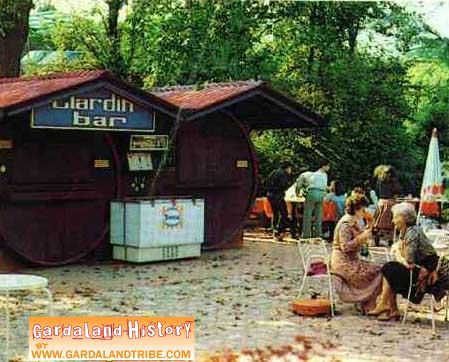 gardaland-tribe-history-food-bar-giardini-01