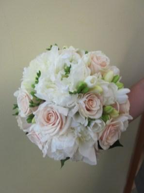 bouquet fiori bianchi