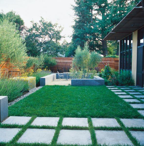 Small Garden Design Ideas Lawn